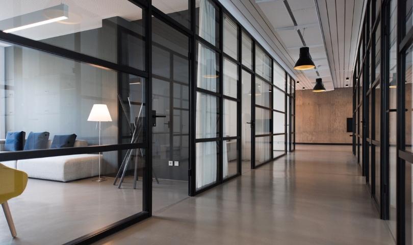 Dlaczego warto skorzystać z usług biura nieruchomości?