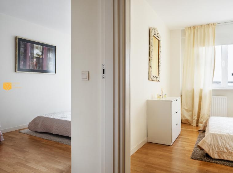 Trzypokojowe mieszkanie na wynajem przy ul. Chmielnej 54 m2